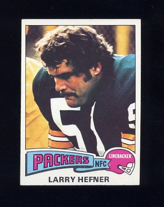 1975 Topps Football #111 Larry Hefner - Green Bay Packers