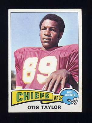 1975 Topps Football #75 Otis Taylor - Kansas City Chiefs