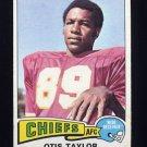 1975 Topps Football #75 Otis Taylor - Kansas City Chiefs