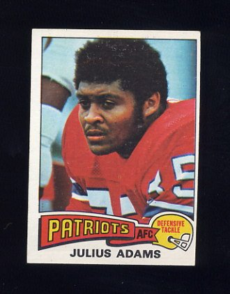 1975 Topps Football #73 Julius Adams - New England Patriots