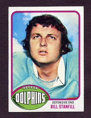 1976 Topps Football #233 Bill Stanfill - Miami Dolphins