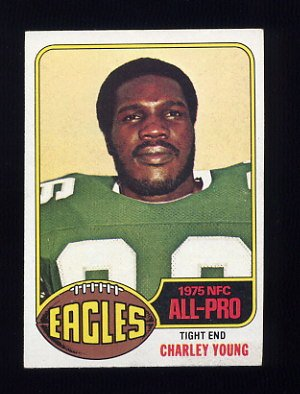 1976 Topps Football #020 Charley Young - Philadelphia Eagles