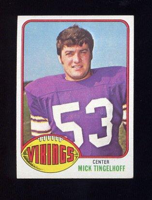 1976 Topps Football #441 Mick Tingelhoff - Minnesota Vikings ExMt