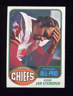 1976 Topps Football #160 Jan Stenerud - Kansas City Chiefs