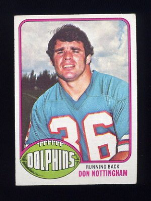 1976 Topps Football #134 Don Nottingham - Miami Dolphins