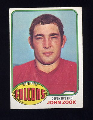 1976 Topps Football #119 John Zook - Atlanta Falcons