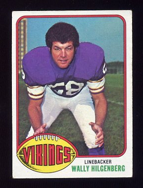 1976 Topps Football #084 Wally Hilgenberg - Minnesota Vikings