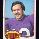 1976 Topps Football #046 Neil Clabo - Minnesota Vikings Ex