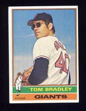 1976 Topps Baseball #644 Tom Bradley - San Francisco Giants