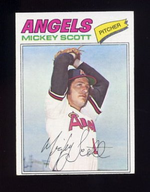 1977 Topps Baseball #401 Mickey Scott - California Angels