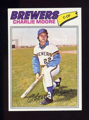 1977 Topps Baseball #382 Charlie Moore - Milwaukee Brewers