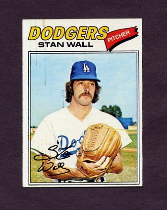 1977 Topps Baseball #088 Stan Wall - Los Angeles Dodgers