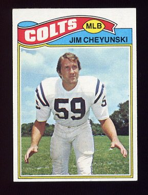 1977 Topps Football #312 Jim Cheyunski - Baltimore Colts