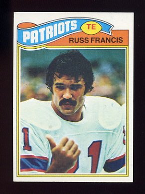 1977 Topps Football #251 Russ Francis - New England Patriots
