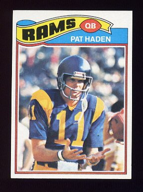 1977 Topps Football #018 Pat Haden RC - Los Angeles Rams