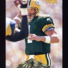 1996 Pinnacle Football #040 Brett Favre - Green Bay Packers