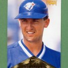 1996 Pinnacle Baseball #050 John Olerud - Toronto Blue Jays