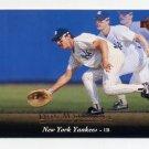 1995 Upper Deck Baseball #210 Don Mattingly - New York Yankees