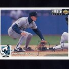 1994 Collector's Choice Baseball Silver Signature #285 Omar Vizquel - Seattle Mariners