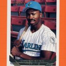 1993 Topps Gold Baseball #722 Chuck Carr - Florida Marlins
