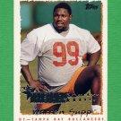 1995 Topps Football #229 Warren Sapp RC - Tampa Bay Buccaneers