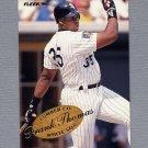 1995 Fleer Baseball Lumber Company #09 Frank Thomas - Chicago White Sox