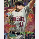 1995 Fleer Baseball #206 Chuck Knoblauch - Minnesota Twins