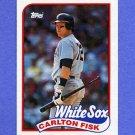 1989 Topps Baseball #695 Carlton Fisk - Chicago White Sox