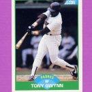 1989 Score Baseball #090 Tony Gwynn - San Diego Padres
