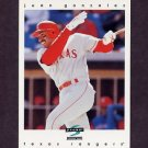 1997 Score Baseball #198 Juan Gonzalez - Texas Rangers
