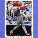 1995 Topps Baseball #070 Juan Gonzalez - Texas Rangers