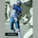 1993 Playoff Football #075 Dan Marino - Miami Dolphins