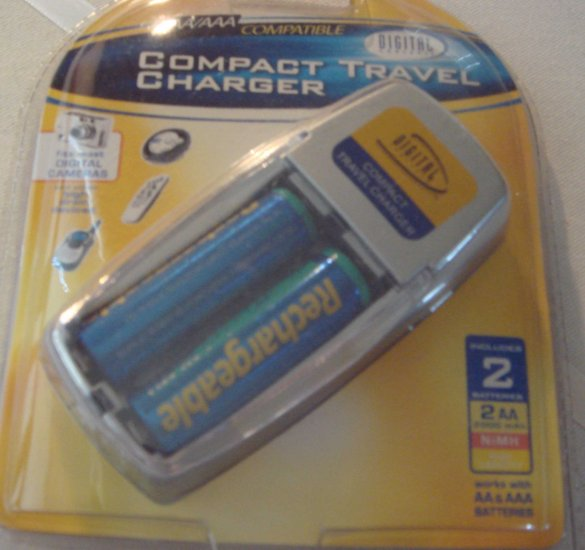 Compact Battery Charger AA/AAA