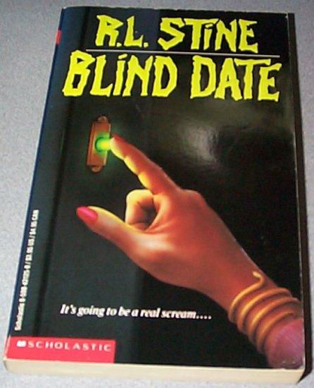 Blind Date by RL Stine Paperback 1986 ISBN 0590431250