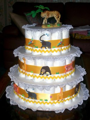 ZOO ANIMALS 3 TIER DIAPER CAKE