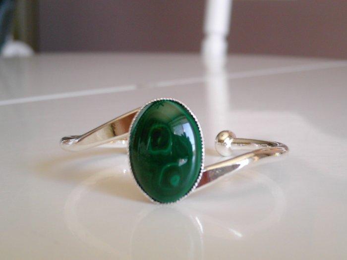 Malachite and metal cuff bracelet