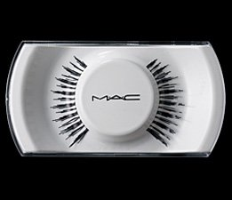 "MAC ""She's Good Lash"""