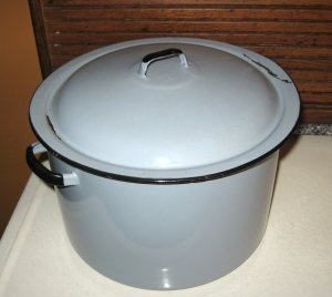 Large Blue Enamelware Cooking Stew Pot with Lid VINTAGE