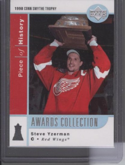 Steve Yzerman 02-03 UD Awards Collection Card