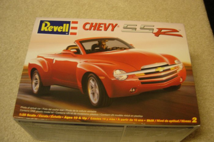 Revell Chevy SSR