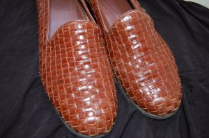 Bass size 8 M Flats Leather Brown Latice Weaved Loafers Flats Womens Shoes