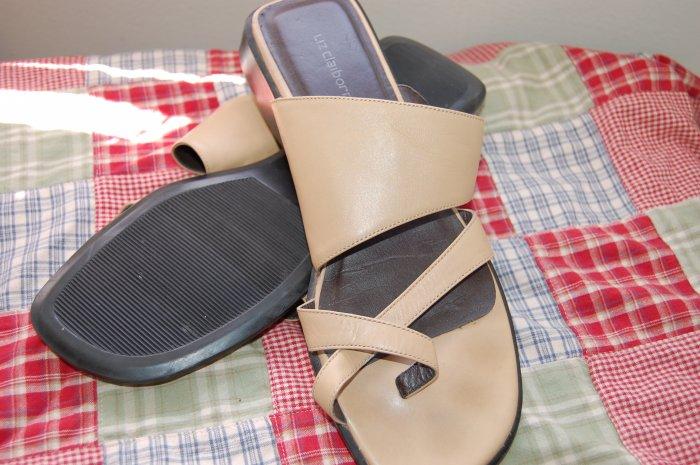 Liz Claiborne Sz 9 Tan Flat Slide Slip On Sandals Womens Shoes