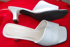 Naturalizer Sz 9.5 White Dressy Sandals Womens Heels Shoes