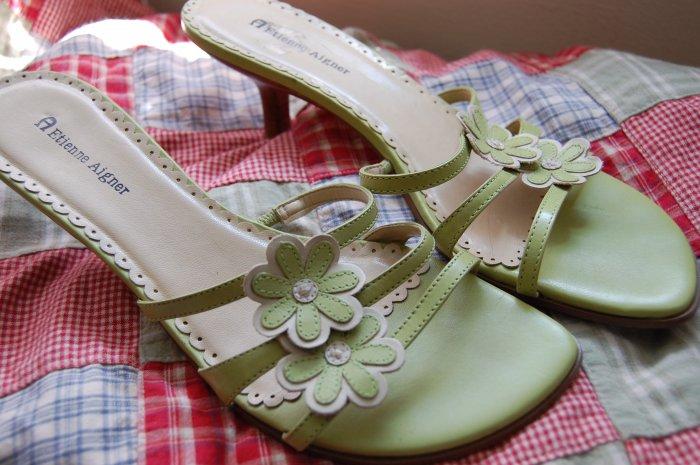 $70 Etienne Aigner Sz 9 Green Flower Slides Mules Womens Sandals