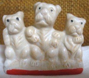 "Vintage 3 Scottie Dogs ""Japan"" Figurine ."
