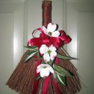 Doogwood Mini Broom
