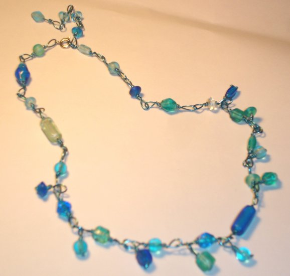 Dangling necklace - Aqua