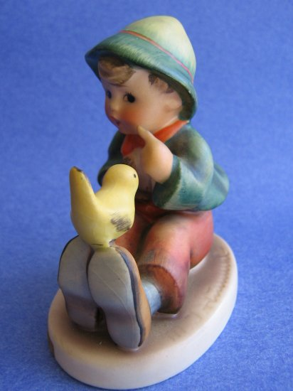 Hummel figurine SINGING LESSON  tmk3 HUM 63