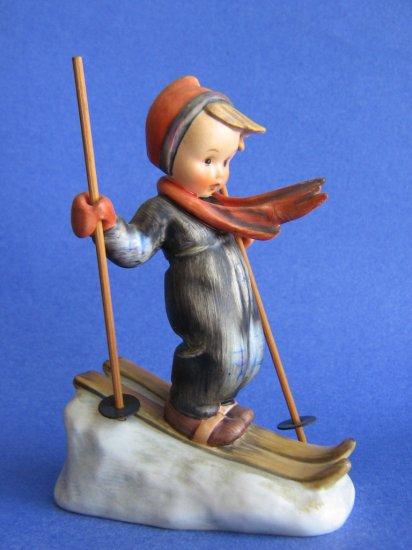 Hummel figurine SKIER  HUM 59  TMK 3  Wood poles