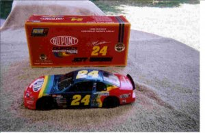 1998 Dupont Chevrolet monte carlo #24 dicast replica